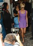 123mike HQ pictures of Victoria Th_03513_Victoria_Beckham_shopping_in_Beverly_Hills_033_123_1079lo