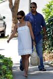th_96524_Halle_Berry_out_and_about_in_LA_21_122_1084lo.jpg