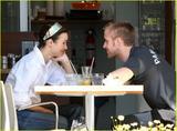Rachel McAdams - Getting Breakfast in Toronto with Ryan Gosling - 21st Aug. 2008 x21