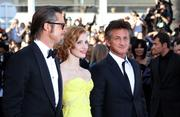 th_91379_Tikipeter_Jessica_Chastain_The_Tree_Of_Life_Cannes_110_123_124lo.jpg
