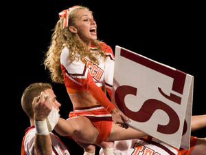 http://img22.imagevenue.com/loc215/th_810194547_candid_cheerleaders_view_set37_011_122_215lo.jpg